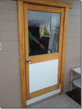 2015-07-15%2018.12.38_thumb 伊賀市白樫の玄関ドア改修現場です
