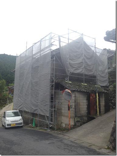 2015-07-23%2016.01.28_thumb 伊賀市腰山の古民家解体現場です