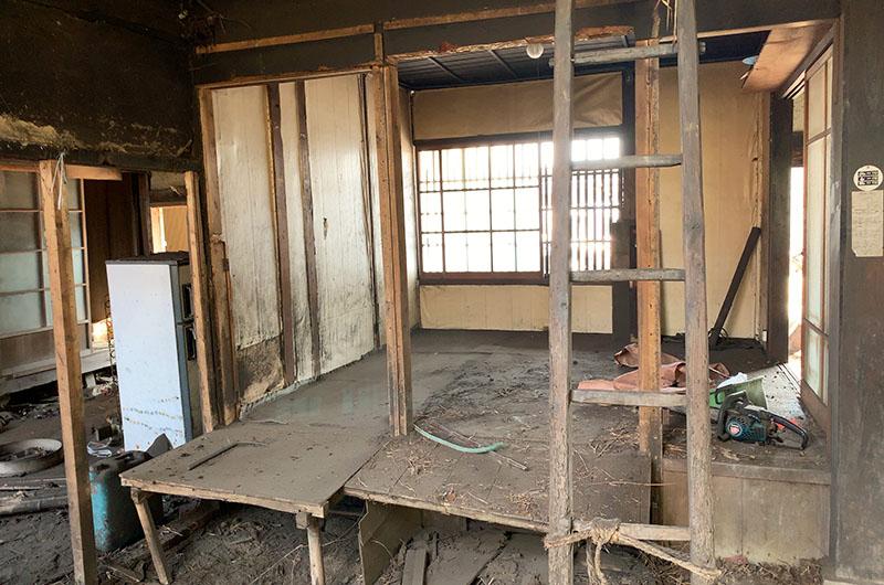 茅葺の古民家再生と薪ストーブのある家施工前02