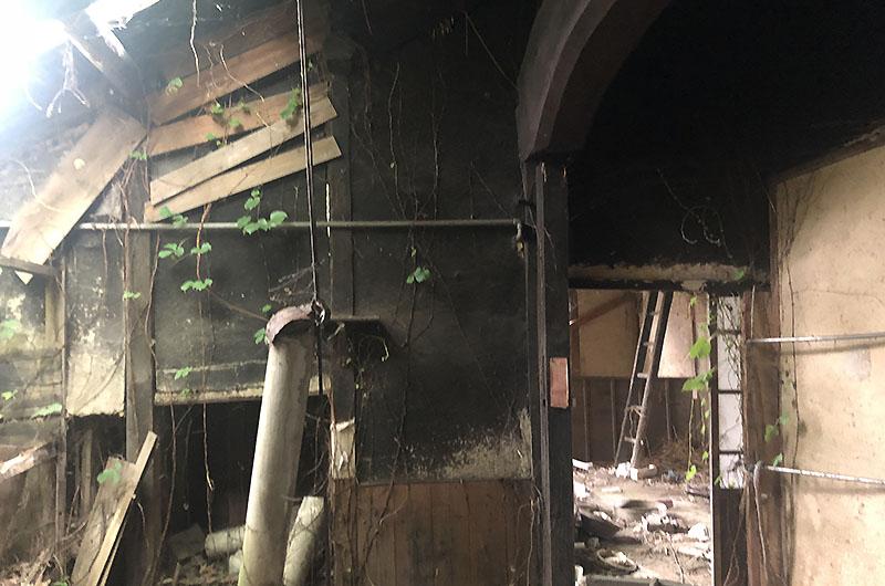 茅葺の古民家再生と薪ストーブのある家施工前03