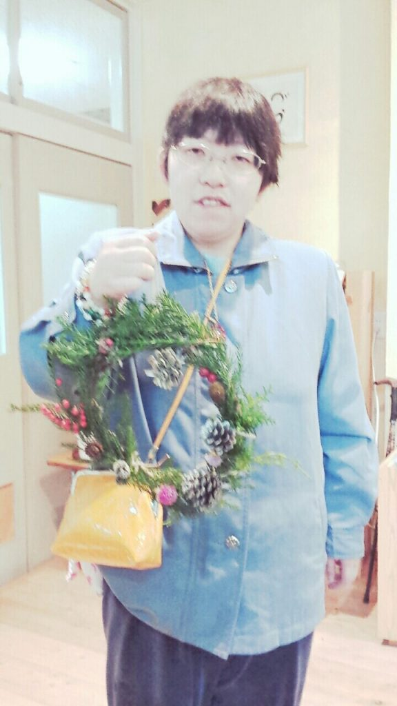IMG_0248-1024x576 大盛況!クリスマスリース作り(*^^)v