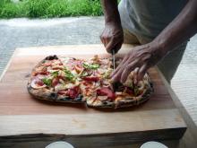029 炭焼き窯でピザを焼いてみた