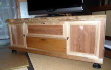 blog_import_550a19180bc51 杉のTVボード完成