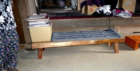 blog_import_550a19815aad5 玄関のふみ台で、いいものを探していました