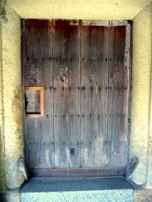 blog_import_550a1a71e025c 100年以上前の板戸を新しく