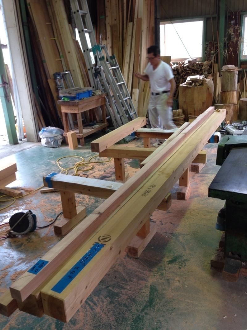 blog_import_550a1cd48b4da これから、ダイニングテーブルの脚を作っていきます!