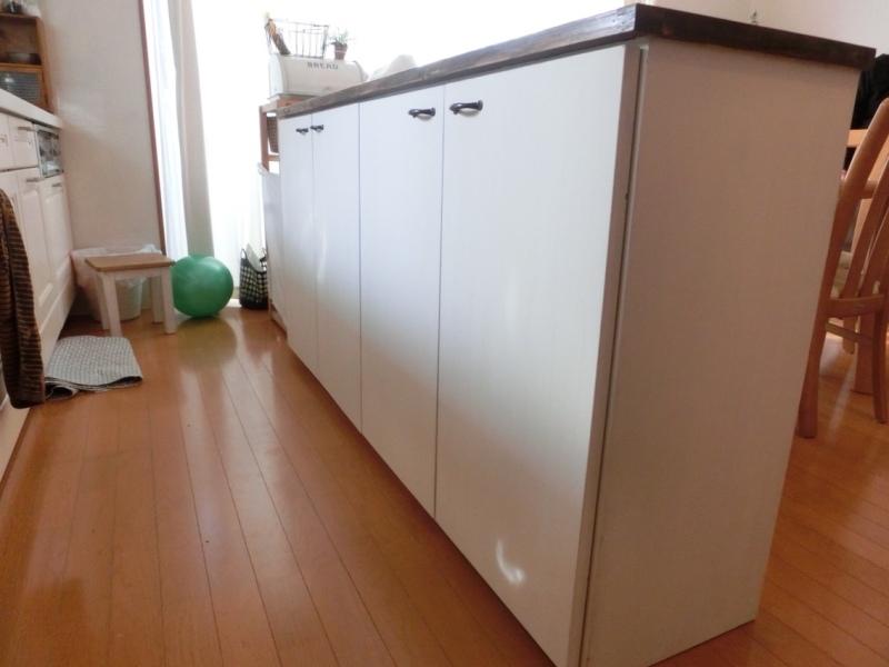 blog_import_550a1d579fb51 キッチンカウンターの棚が納まりました!